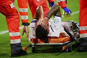 Το μήνυμα του Σπινατσόλα μετά το σοβαρό τραυματισμό του: «Το γαλάζιο όνειρο συνεχίζεται, θα επιστρέψω σύντομα»