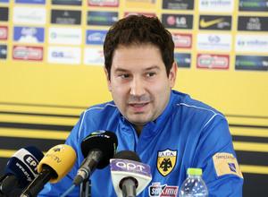 Γιαννίκης: «Ξέρω που ήρθα, δεν γίνεται να παίξουμε το τέλειο ποδόσφαιρο σε  3-4 μέρες»