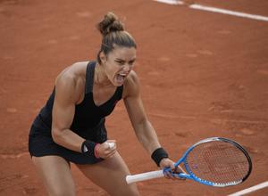 Απίθανη Σάκκαρη, «πέταξε» στους «8» του Roland Garros! (video)