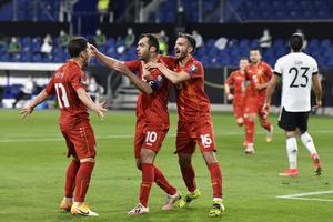 Προκριματικά Μουντιάλ: Η Βόρεια Μακεδονία πήρε «διπλό» στη Γερμανία, δύσκολες νίκες για Αγγλία, Ιταλία και Γαλλία! (video)