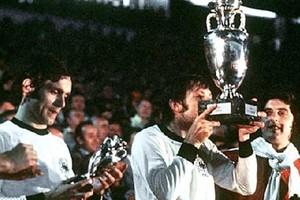 Euro 1976: Το πέναλτι που έγραψε ιστορία