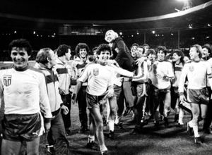 Euro 1984: Γαλλία με… υπογραφή Πλατινί