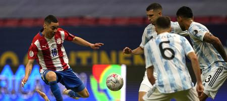 Copa America: Nίκη κορυφής για Αργνεντινή, ισοπαλία στο Ουρουγουάη-Χιλή (vid)