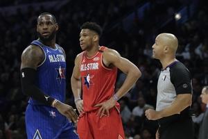 NBA All Star Game: Φαβορί για MVP ο Γιάννης, δείτε αποδόσεις για τρίποντα και καρφώματα