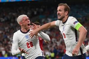 Αγγλία - Δανία 2-1 (κ.δ. 1-1): Χάλασαν το παραμύθι των Δανών και για πρώτη φορά σε τελικό Euro τα «τρία λιοντάρια»