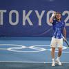 Ολυμπιακοί Αγώνες: Αγχωτική πρόκριση του Τσιτσιπά στον 2ο γύρο (video)