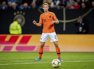 Με 3-5-2 η Ολλανδία