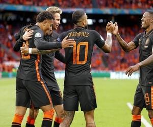 Euro 2020: Οι Κάτω Χώρες στα... πάνω τους κι ένας χαφ για πρώτος σκόρερ!
