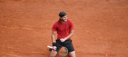 Ο Τσιτσιπάς με Τζόκοβιτς στους «8» του Italian Open, κέρδισε 2-0 τον Ιταλό Μπερετίνι (video)