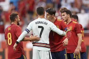 Ισόπαλες Ισπανία και Πορτογαλία, τεσσάρα η Ιταλία (video)