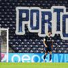 Πόρτο – Ολυμπιακός: Φθηνό λάθος του Μπουχαλάκη, προβάδισμα για την Πόρτο (video)