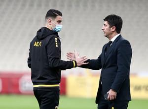 Έξαλλος ο Ίβιτς με τους παίκτες της ΑΕΚ: «Απορώ πως κοιμάστε το βράδυ»