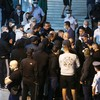 «Υποδοχή» με ύβρεις από οπαδούς στην αποστολή του Παναθηναϊκού στο αεροδρόμιο (pics)