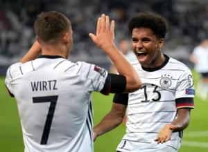 Ξέσπασε η Γερμανία, άνετες νίκες για Ισπανία, Αγγλία, παγκόσμιο ρεκόρ η Ιταλία (videos)