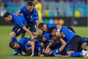 Ιταλία – Ελβετία 3-0: Στους «16» με νέα τριάρα οι «ατζούρι»