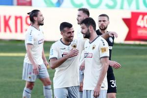 Super League Interwetten: Πέρασε από το Ηράκλειο κι επέστρεψε στις νίκες η ΑΕΚ (video)