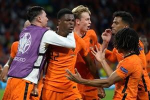 Ολλανδία-Ουκρανία 3-2: Λυτρωτής Ντάμφρις στο τέλος για τους «οράνιε»